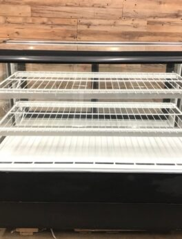 High Volume Refrigerated Bakery Case