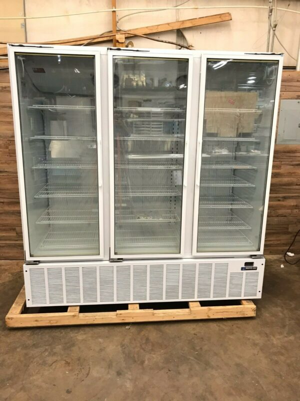 3-Section Display Reach-In Freezer w/ Swing Doors