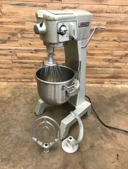 Hobart D300 Mixer W/ Bowl, 3 Attachments