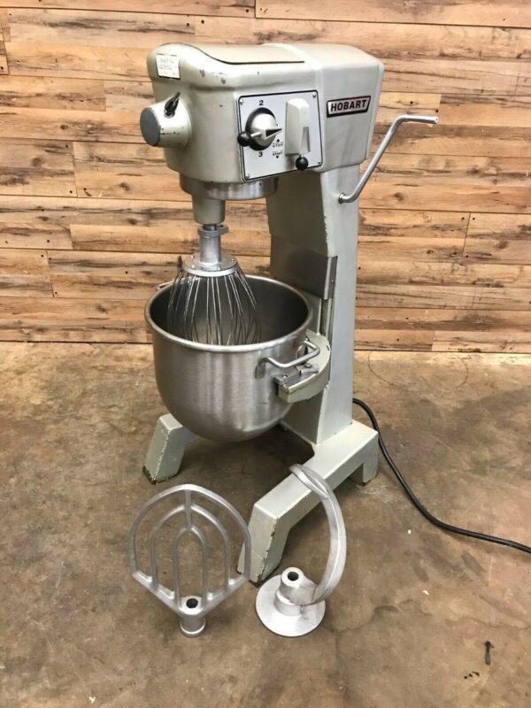 Hobart D300 Mixer W/ Bowl, 3 Attachments