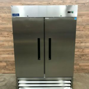 Arctic Air 2-Section Reach-In Refrigerator