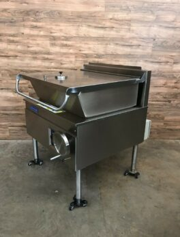 30 Gallon Electric Open Base Tilt Skillet