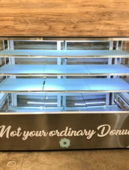 Commercial Dry Bakery Display Case w/ Straight Glass