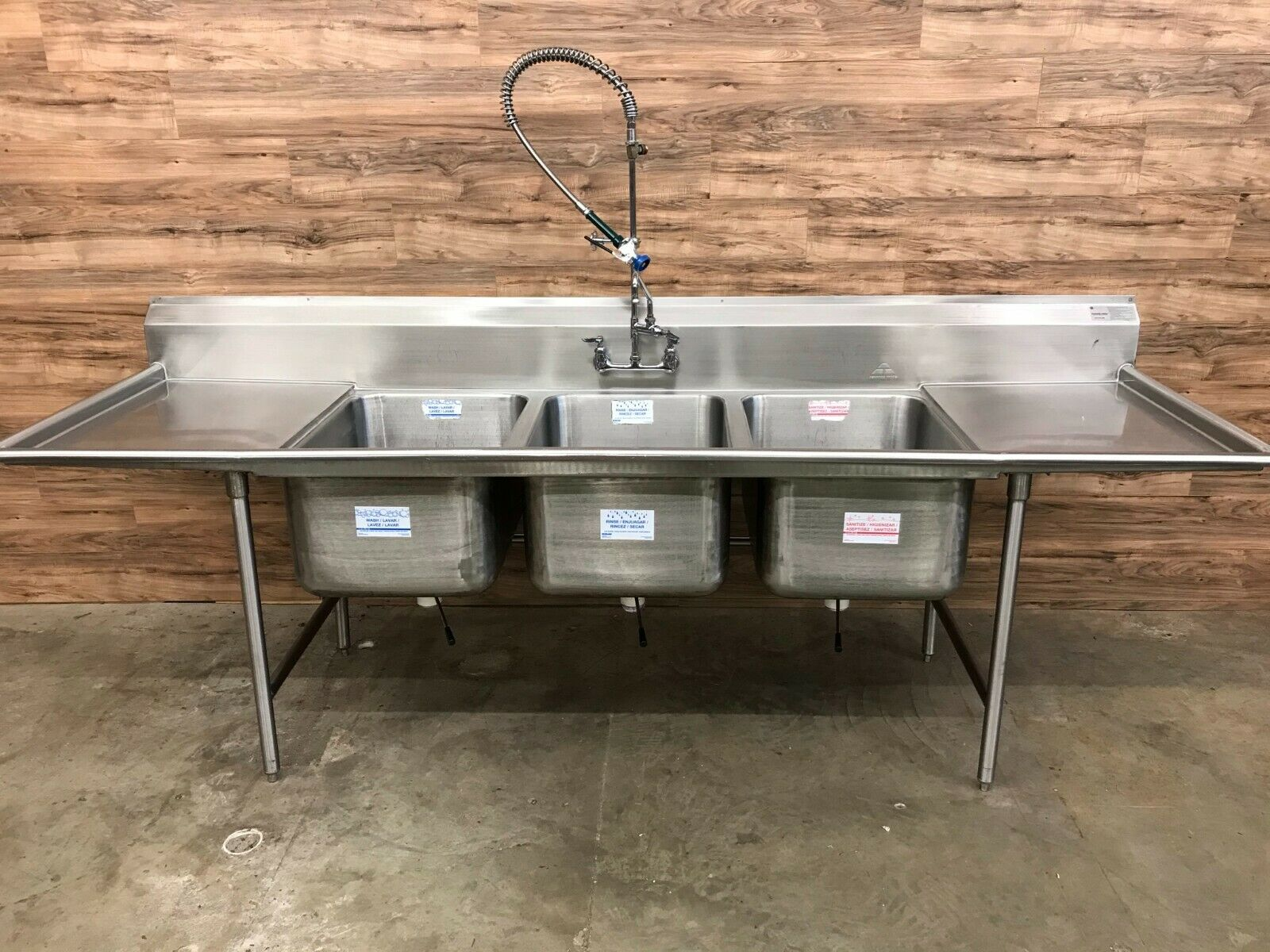 114 5 advance tabco 94 83 60 24rl 3 compartment sink w drainboards sprayer