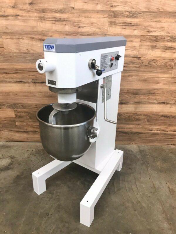 Titan 30 Quart Mixer