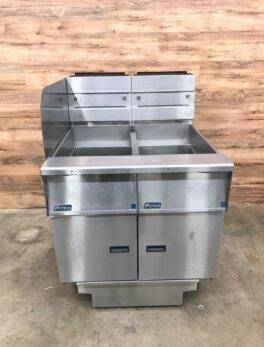 Pitco Double Gas Fryer Station with Filtration and Left Sidesplash