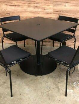 Heavy Duty Black Metal Outdoor Furniture Set Square Table w/ 4 Chairs