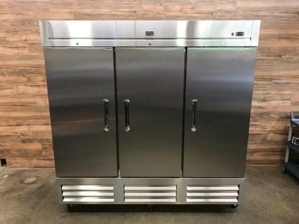 Kelvinator (738246) KCHRI81R3DF 3-Door Stainless Steel Reach-In Freezer