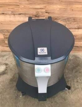2018 Electrolux 20 Gallon Salad/Vegetable Dryer, 220 V / Phase 1